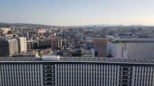Blick über Kyoto vom Dach des Bahnhofs