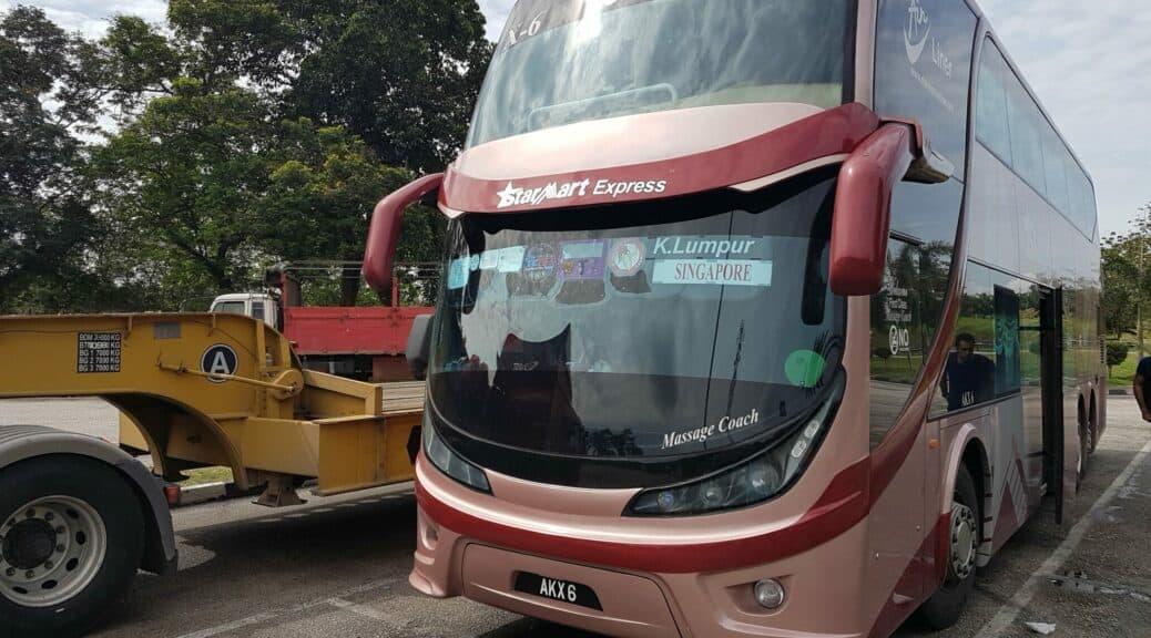 Mit dem Fernbus von StarMart ging's nach Singapur