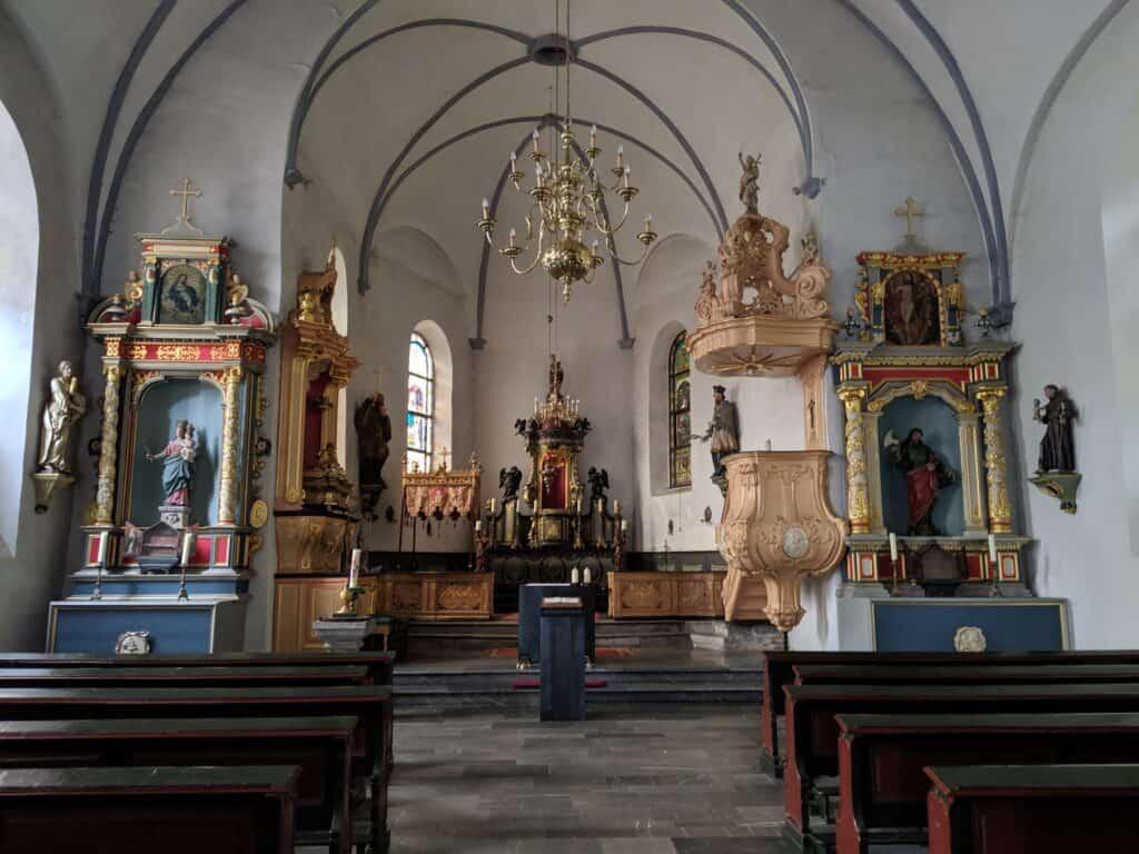 In einer Kapelle