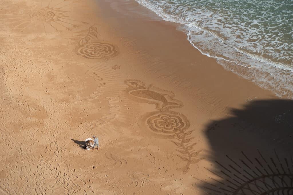 Vítor Raposo am Strand von Albufeira an der Küste Portugals